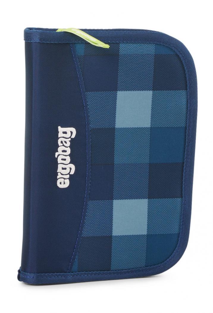Penál modrý károvaný Ergobag  69101417b2